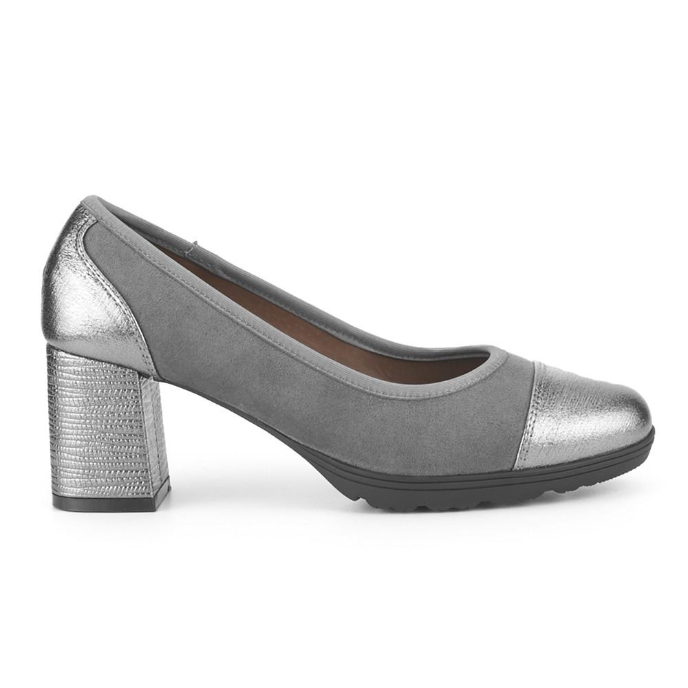 Zapato de salón de PICCOLA PIU para una working girl.