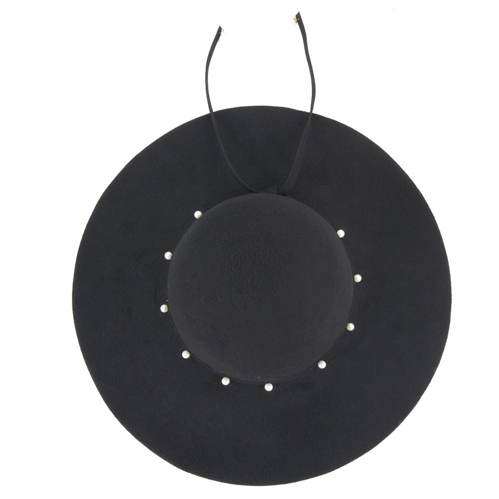 Elegante sombrero de perlas FOSCO.