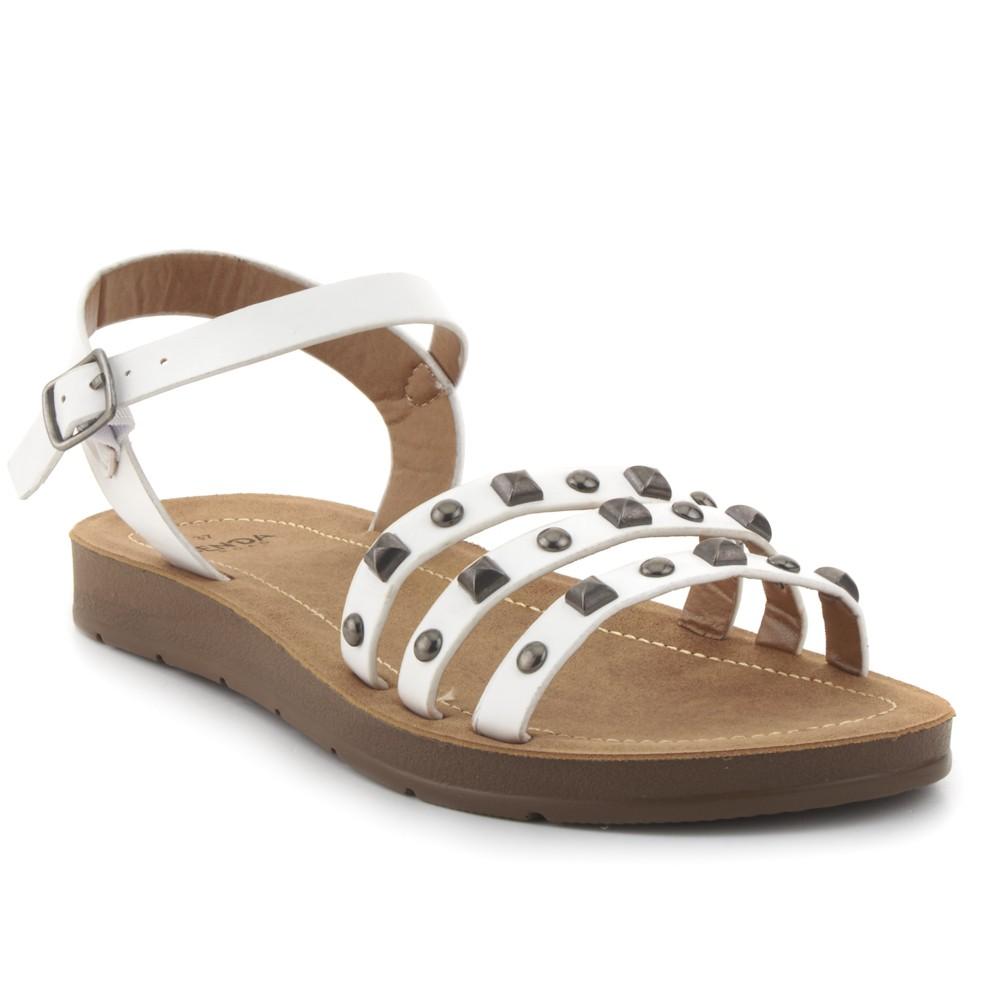Sandalia de tachas SENDA ROAD. 19,99€