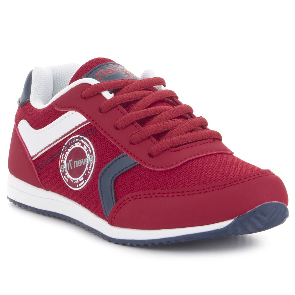 Sneaker casual para niño.