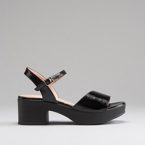 Sandalia de tacón cómoda de Wonders