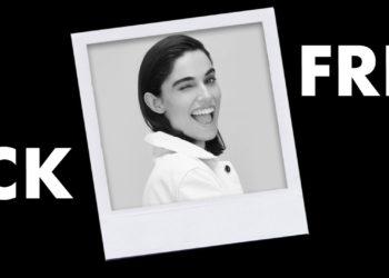 Polaroid de mujer guiñando un ojo y eslógan de Black Friday