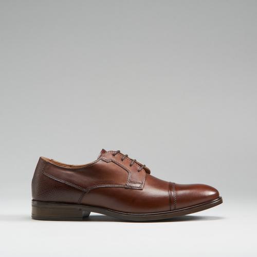Zapato con puntera de piel FOSCO