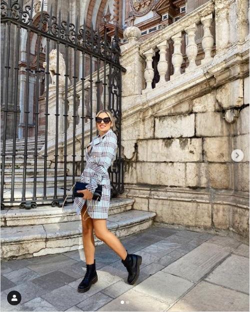 Look de invierno con botas militares de @lorenar_g